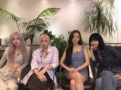 Kpop Girl Groups, Korean Girl Groups, Kpop Girls, Yg Entertainment, K Pop, Lady Gaga, Coachella, Cute Gifs, Rapper
