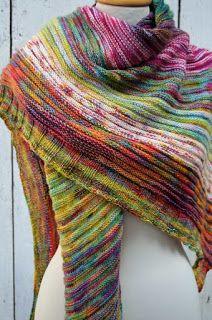 ....ein neues Tuch....eine neue Anleitung.... ....entworfen habe ich es für das Monatsunikat-Abo von Frau Wollträume...♥ ....in den ...