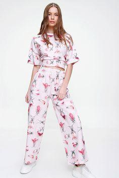 Online Shopping, Pants, Tops, Dresses, Fashion, Trouser Pants, Vestidos, Moda, Net Shopping