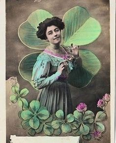 Lovely Victorian Card w/ 4 Leaf Clovers