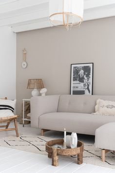 Taupe Living Room, Nordic Living Room, Living Room Colors, Living Room Decor, Home Room Design, Home Interior Design, Living Room Inspiration, Home Decor Inspiration, Room Ideas Bedroom