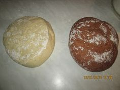 Prajituri de casa: Cozonac in doua culori Hamburger, Pudding, Bread, Desserts, Flan, Postres, Puddings, Deserts, Hamburgers