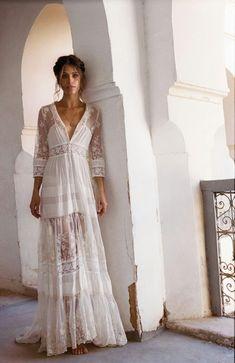 Beautiful lace boho dress    @layalevitah