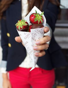 Chocolate Covered Strawberries - lifestylerstore - http://www.lifestylerstore.com/chocolate-covered-strawberries/