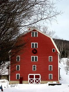 Red Farmhouse in Vermont Jan 2010 by Deliciously Organized, via Flickr