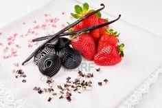 strawberries, liquorice, vanilla pods and flake chocolate (1)