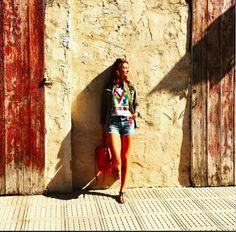 Últimas horas en #Ibiza ☀Feliz lunes!! Last hours in #eivissa #todayimwearing #lookoftheday @mmissoni @castanerofficial @aninebing @longchamp #ootd #ibizapueblo #sunnyday #mondays (tap for credits) #lunesalsol #blogger #fashionblogger #mmissoni #blessed #happiness#monimoleskine#fd_spain