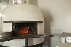 Bufalina's Stefano Ferrara Neapolitan, wood-burning pizza oven was shipped from… Indoor Pizza Oven, Outdoor Oven, Pizzeria Design, Restaurant Design, Pizza Restaurant, Restaurant Equipment, Wood Fired Oven, Wood Fired Pizza, Italian Pizza Oven