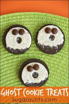 Ghost cookie treats. These are great for Halloween school parties and play dates.