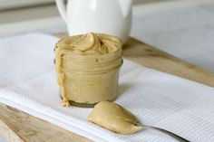 This Thermomix salted caramel frosting is so good on cakes and cupcakes... or straight from the bowl!! #thermomix