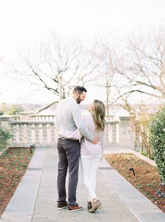 Texas Film Engagement Session | Dallas Arboretum and White Rock Lake | Pine and Blossom | Light Pink Blush Sweater and Grey Sweater Fall Outfits