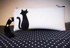 #Astuccio con #gatto stilizzato #CarlottinaLab