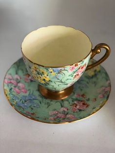 Tea cup and Saucer by Shelly , Bone China , Vintage Melody Cup and Sauser , Collectible Tea Cups Antique Tea Cups, Vintage Cups, Vintage Dishes, Vintage Party, Vintage China, Tea Cup Display, My Cup Of Tea, Tea Cup Art, Tea Sandwiches