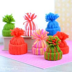 Mini Yarn Hats - Such a cute little DIY ornament