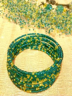 Hey, I found this really awesome Etsy listing at https://www.etsy.com/ru/listing/222861904/bead-bracelet-yellow-green-color-multi