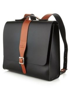 Designed by Parka London and lovingly handcrafted by the Leather Satchel co. the Albion is a structured unisex backpack made from leather. Black Backpack, Backpack Bags, Messenger Bags, Duffle Bags, Sac Week End, Leather Men, Leather Bags, Leather Totes, Leather Backpacks
