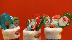Papa Noél, duendes y renos son algunos de los divertidos diseños que cubren las piruletas de chocolate Migueláñez #SinGluten. ¿Os entran ganas de comeros alguna? #FelizNavidad