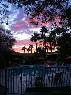 Pretty Sky, Beautiful Sunset, Beautiful World, Beautiful Places, Image Ciel, Sky Aesthetic, Sunset Sky, Sunrise, Pink Sky