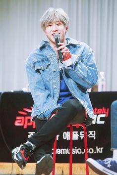 Jinjin Astro, Astro Boy, Blue Flames, Korean Music, Minhyuk, Cute Boys, Singers, Bands, Meme