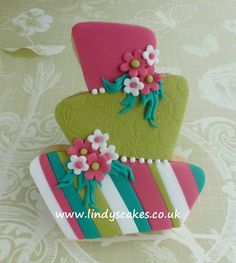 Striped wonky wedding cake by Lindy Smith