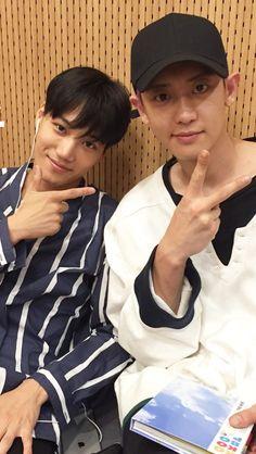 chanyeol is kai's biggest fan