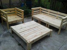 Pallet Outdoor Furniture Set | 101 Pallets