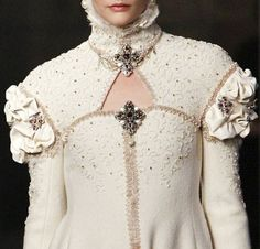 White at Chanel Pre-Fall 2013
