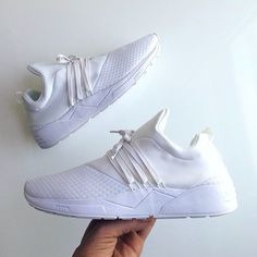 Combining global streetwear with Nordic craftsmanship and design, ARKK Copenhagen makes comfortable, versatile lifestyle sneakers for thoughtful individuals who never stand still. Arkk Copenhagen, Sneakers Fashion, Men's Shoes, Adidas Sneakers, Street Wear, Vans, Footwear, Style Inspiration, Kicks