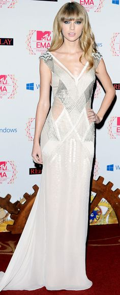 Taylor Swift in J. Mendel at the Europe Music Awards.