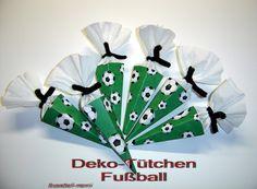 Geschenkverpackung  kleine Schultüte Fußball von bastelreni auf Etsy, €7,90