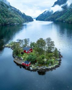 Science Discover Small house in an island Post with 0 votes and 220940 views. Small house in an island Wonderful Places Beautiful Places Cabins In The Woods Amazing Nature Beautiful World Beautiful Norway Beautiful Islands Beautiful Landscapes Scenery Wonderful Places, Beautiful Places, Beautiful Islands, Places To Travel, Places To Visit, Travel Destinations, Elba, Amazing Nature, Beautiful Landscapes