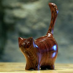 Perry Lancaster | Martha Cat Carving