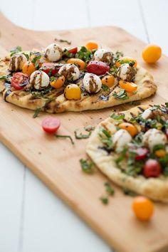 Grilled Caprese Naan Pizza Recipe