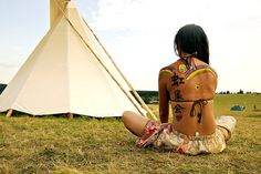 Hippie Indian Tattoo Tattoos Back Girls Ideas Inspirational Beautiful World, Beautiful People, Beautiful Things, Rainbow Gathering, Rainbow Family, Hippie Flowers, Namaste Yoga, Favim, Photography