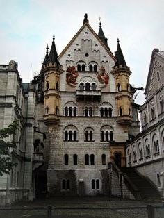 Courtyard View, Neuschwanstein Castle, Germany ༺ ♠ ༻*ŦƶȠ*༺ ♠ ༻