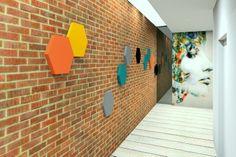 Fluffo, Fabryka Miękkich Ścian - hol, korytarz by Insidesign Renata Ilczuk. www.insidesign.pl