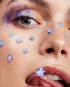 Marion Pascale by Natascha Lindemann for Latest. - Our Favourite Models Beauty Makeup Photography, Face Photography, Creative Photography, Editorial Photography, Photography Flowers, Flower Makeup, Photos Originales, Shooting Photo, Beauty Shoot