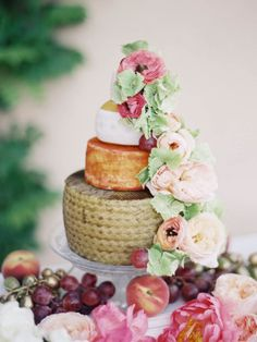 Floral Topped Cheese Cake: http://www.stylemepretty.com/collection/3300/