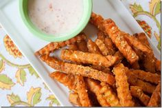 Heeeelllll yes. Coconut Curry Sweet Potato Fries w/Chili Coconut Fry Sauce (vegan) Delicious Vegan Recipes, Vegetarian Recipes, Yummy Food, Healthy Recipes, Vegan Appetizers, Appetizer Recipes, Clean Recipes, Real Food Recipes, Beignets