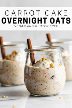 cake overnight oats These carrot cake overnight oats are healthy and take less than 10 minutes to make!These carrot cake overnight oats are healthy and take less than 10 minutes to make! Healthy Breakfast Recipes, Healthy Snacks, Healthy Recipes, Cheap Clean Eating, Clean Eating Snacks, Eating Raw, Oatmeal Recipes, Cupcakes, Chia Pudding