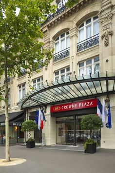 Crown Paris Republique, Paris, France | Crowne Plaza Hotel PARIS-REPUBLIQUE, Paris - Hotel Reviews & Rooms