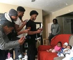 """officialblackwallstreet: """" We can't get enough of this! """"The beauty of Black fatherhood and brotherhood. 😍 Photo credit: Jaiquan Manning"""" (Via """" Cute Family, Baby Family, Family Goals, Beautiful Family, Beautiful Babies, Cute Kids, Cute Babies, Fitness Gym, Relationship Goals Pictures"""