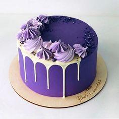 New cupcakes birthday easy buttercream frosting ideas Cake Decorating Frosting, Birthday Cake Decorating, Cake Birthday, Purple Birthday Cakes, Cake Decorating Amazing, Birthday Desserts, Birthday Decorations, Birthday Ideas, Decorating Ideas