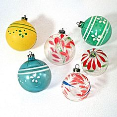 6 Painted Unsilvered 1940s Glass Christmas War Ornaments