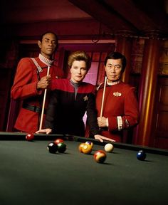 Tuvok, Janeway and Sulu - Voyager, Flashback