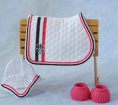 Model Horse Pink White Black English Close Contact All Purpose Saddle Cross Country Show Jumping Pad