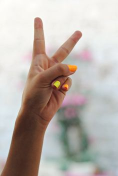EVES SISTER // WE LOVE. Bright nails! Peace Out!  www.evessister.com