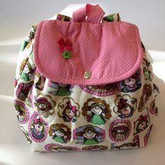 mochila infantil de tecido pequena