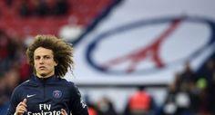 Le défenseur du PSG David Luiz à l'échauffement, au Parc des Princes - FRANCK FIFE - AFP