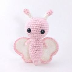 Butterfly Friends amigurumi by Theresas Crochet Shop Crochet Amigurumi Free Patterns, Crochet Toys, Love Crochet, Crochet Baby, Crochet Butterfly, Crochet Buttons, Cat Pattern, Toy Craft, Crochet Animals